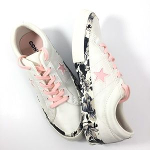 Converse One Star Low Tops